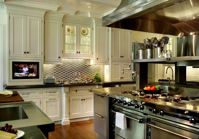 Peter Salerno Inc. kitchen design [Best Kitchen of 2012 & 1st Place Large Kitchen Category]