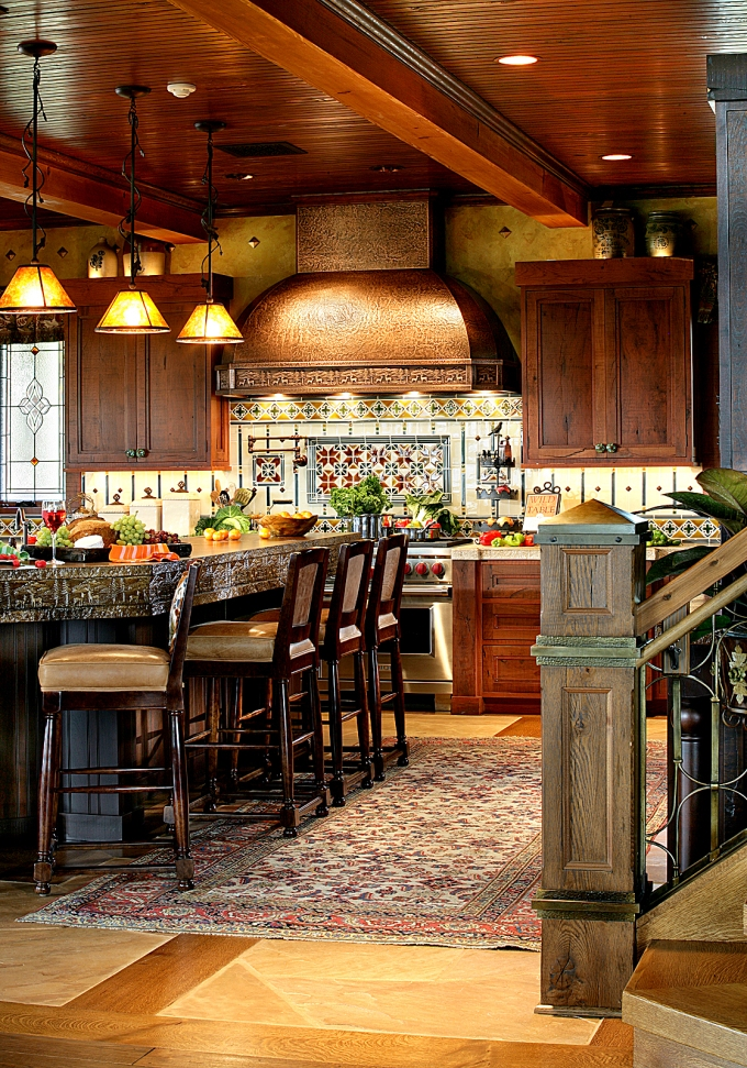 Autumn Maple warms up any kitchen design, like this one from Peter Salerno inc.