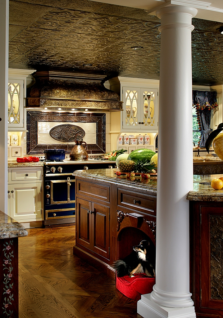 LaCornue creates world-class French ovens and cooking ranges, like the one in this Peter Salerno design.