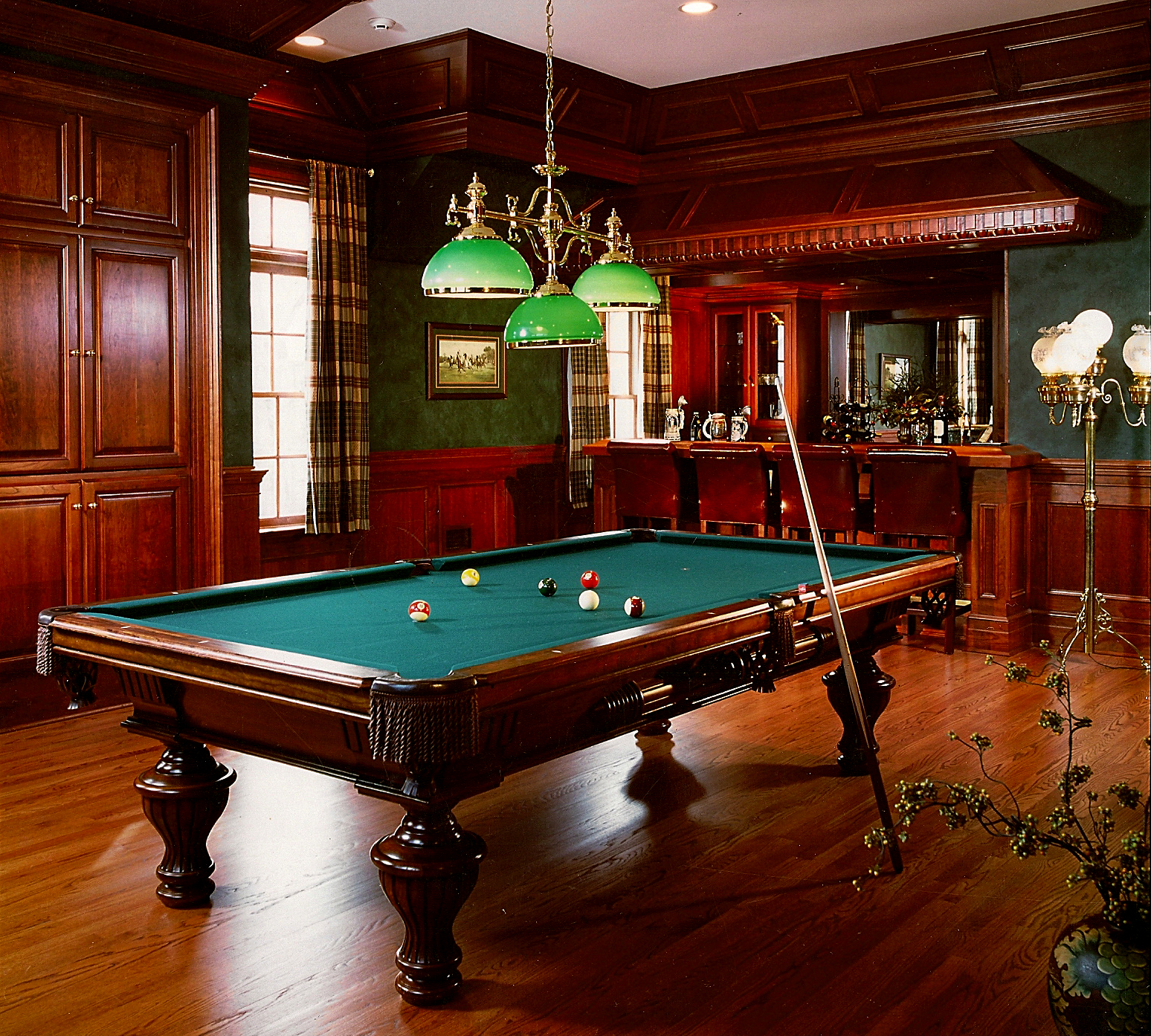 Garage Man Cave With Pool Table : Peter salerno presents essentials for your super bowl man