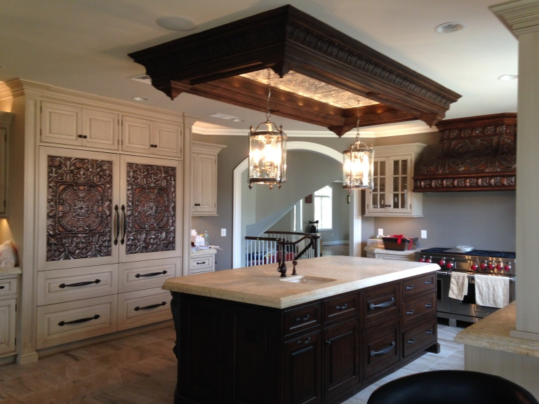 A beautiful kitchen makeover in Colts Neck, NJ. (Credit Peter Salerno Inc.)
