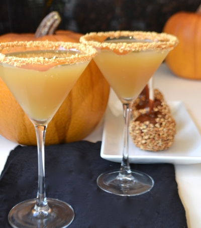 Caramel Apple Martini, the official drink of a beautiful October wedding.