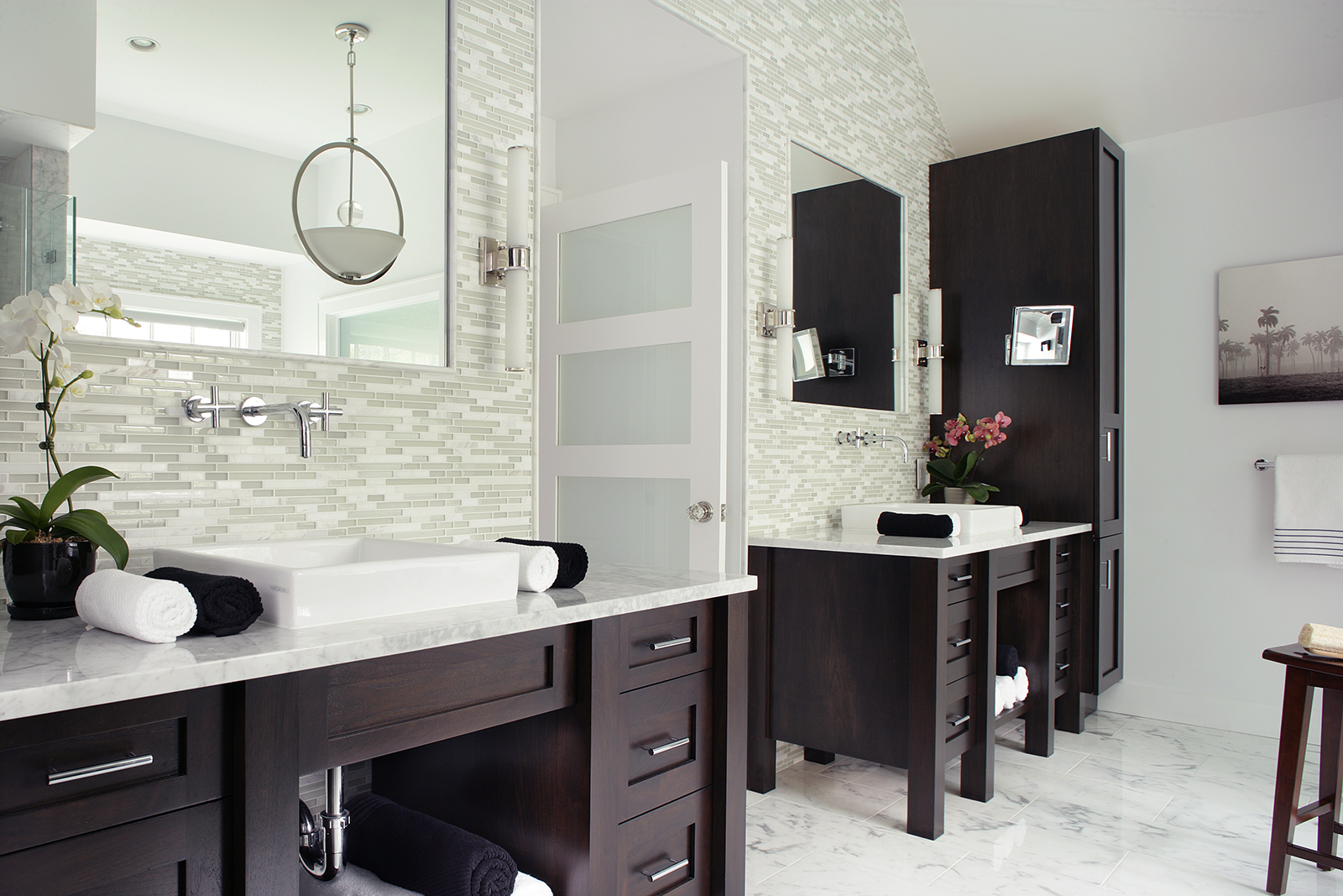 Peter salerno inc transitional bathroom wins 2015 for Bathroom remodel 2015