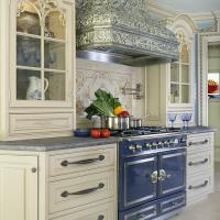 Why Should You Choose a Custom Range Hood For Your Kitchen?
