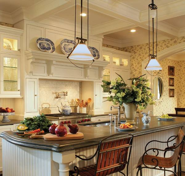 Peter Salerno Inc.'s custom kitchen design is adorned with Greenery everywhere. (Credit: Peter Rymwid)
