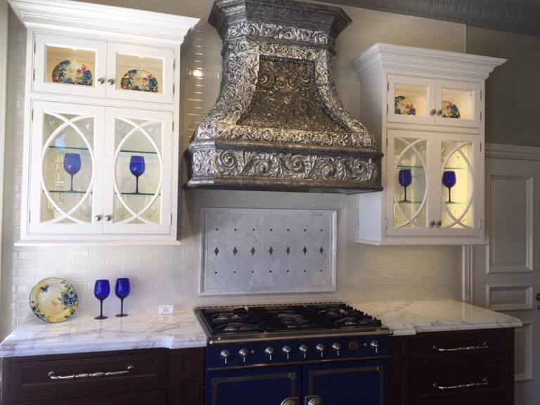 World-class Peter Salerno Inc. kitchen design in the new Peter Salerno Inc. boutique showroom in Mendham, NJ.