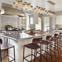 2017 Home Design In Review: 'Farm Meets City Sleek' Kitchen Design