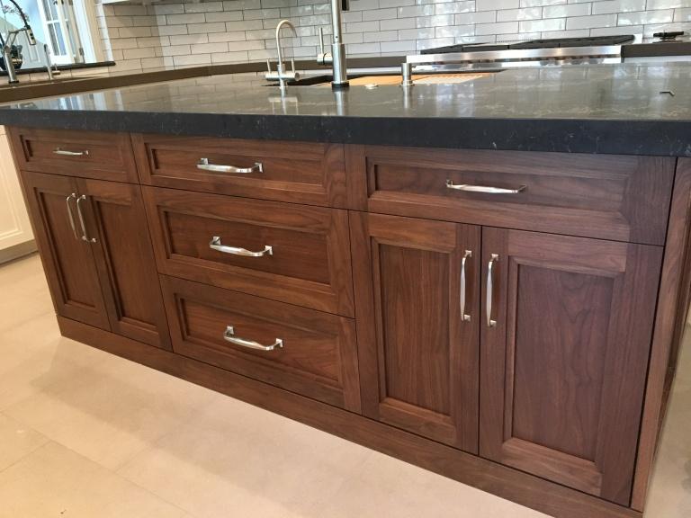 Stunning new kitchen design photos from Peter Salerno Inc.