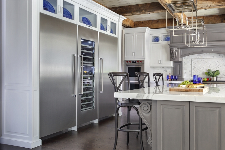 Peter Salerno Inc.'s reclaimed wood beams in transitional kitchen design, 2019.