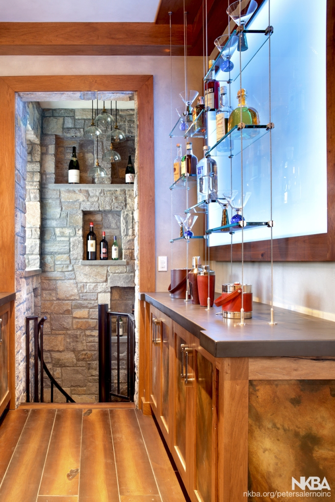 Home bar design by Peter Salerno Inc.